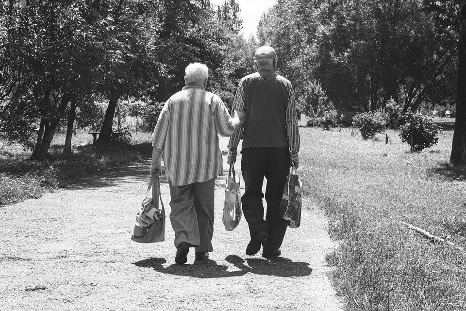 Какой сюрприз ждет работающих пенсионеров с 1 августа - фото 1