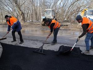 Дорогу к школе № 187 отремонтировали в Советском районе