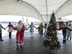 Яхт-клуб «ЛЕТО» приглашает на детскую новогоднюю программу «Тайна волшебных часов»