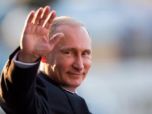 Владимир Путин поздравил ГАЗ с 85-летием