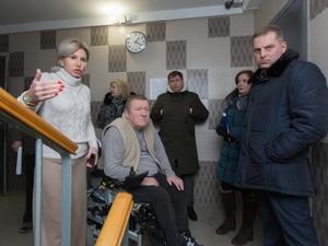 Власти заинтересовались нижегородским инвалидом после года заточения в квартире