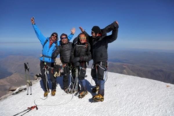 Старый нижегородец покорил Эльбрус иустановил мировой рекорд