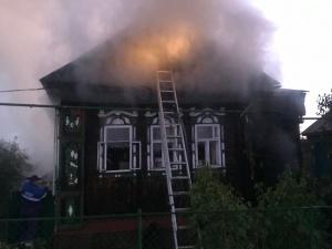 Двое арзамасцев погибли на пожаре в жилом доме