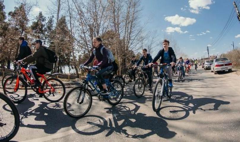 Более 1000 человек открыли велосезон в Дзержинске - фото 1