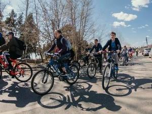Более 1000 человек открыли велосезон в Дзержинске