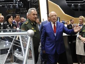 Сергея Шойгу заинтересовала разработка нижегородского института