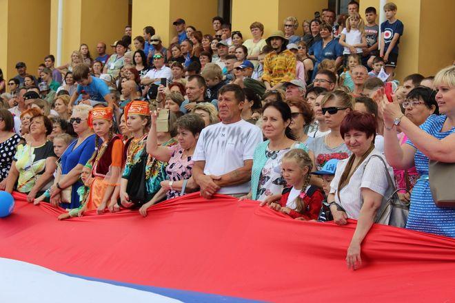 Фестивали духовых оркестров и Дружбы народов прошли в Нижнем Новгороде в День России - фото 9