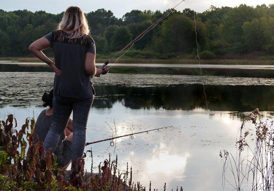 Женщины из числа рыбаков разыграют на Гребном канале Кубок России по ловле на поплавочную удочку - фото 1