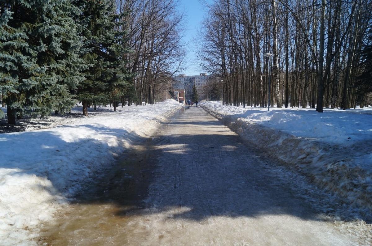 Жители Приокского района контролируют ход благоустройства сквера у НИИИС им. Ю.Е. Седакова   - фото 1