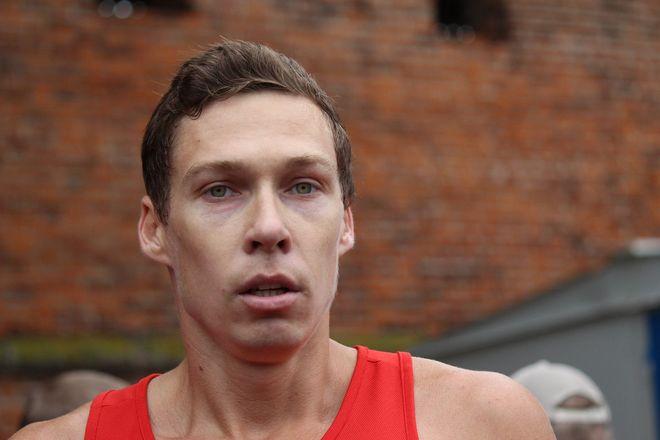 Нижегородец Николай Бурда в 16-й раз выиграл забег по Чкаловской лестнице - фото 15