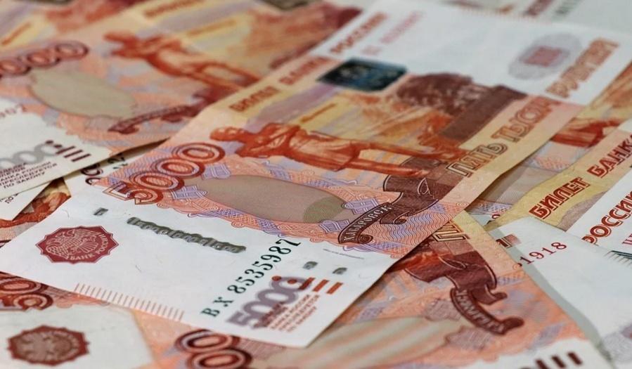 Владельца нижегородской строительной фирмы будут судить за сбыт фальшивых пятитысячных купюр - фото 1