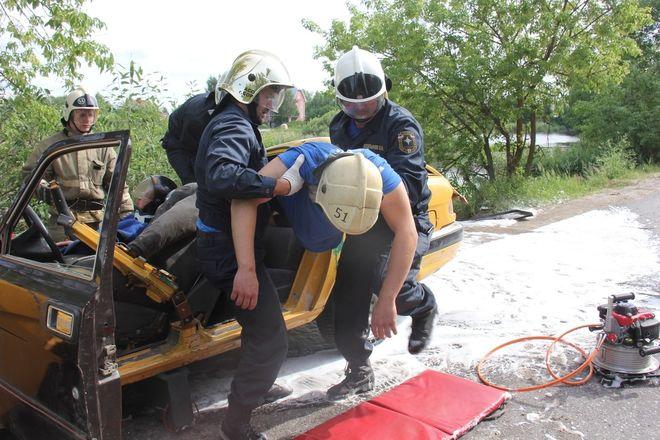 Ликвидацию последствий страшной аварии отработали Нижегородские спасатели - фото 4