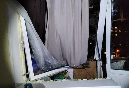 Семью дзержинцев госпитализировали после взрыва спирта