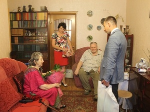 Бриллиантовые юбиляры из Нижнего Новгорода рассказали, в чем секрет крепкой семейной жизни