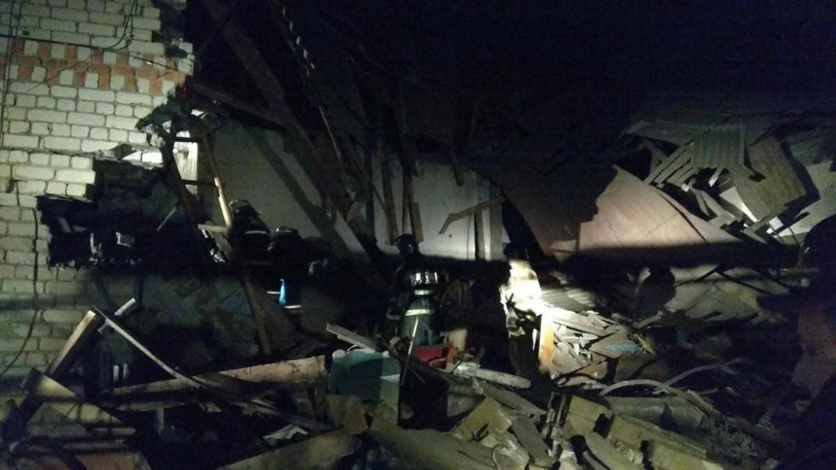 Два человека погибли в обрушившемся доме в Вачском районе - фото 1